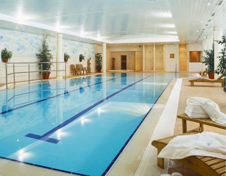 Kilkenny hotel hotels kilkenny rivercourt hotel kilkenny kilkenny city hotel weddings for Hotels in kilkenny city with swimming pool